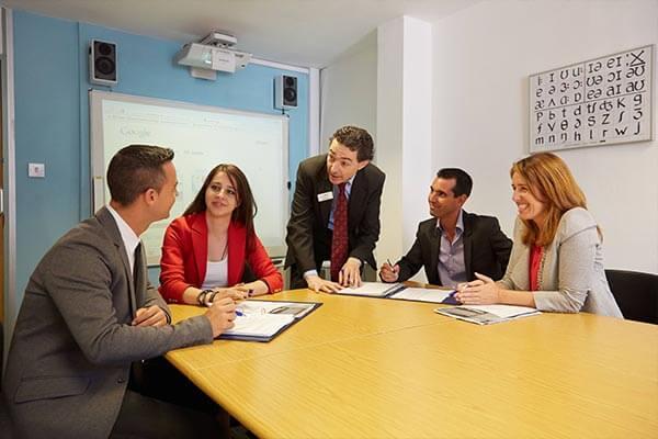 Anglia biznesowy kurs angielskiego w Londynie - informacje o kursie