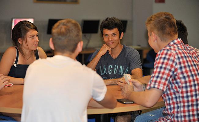 Hiszpania obóz językowy dla młodzieży w Walencji - sala lekcyjna