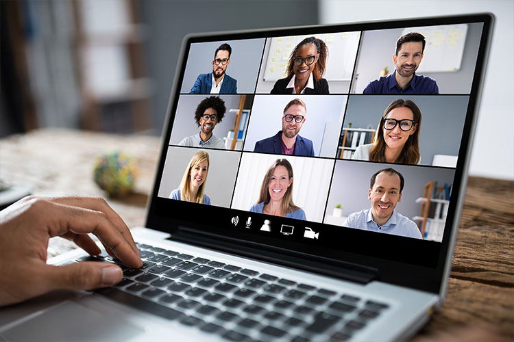 Kursy językowe online dla młodzieży i dorosłych